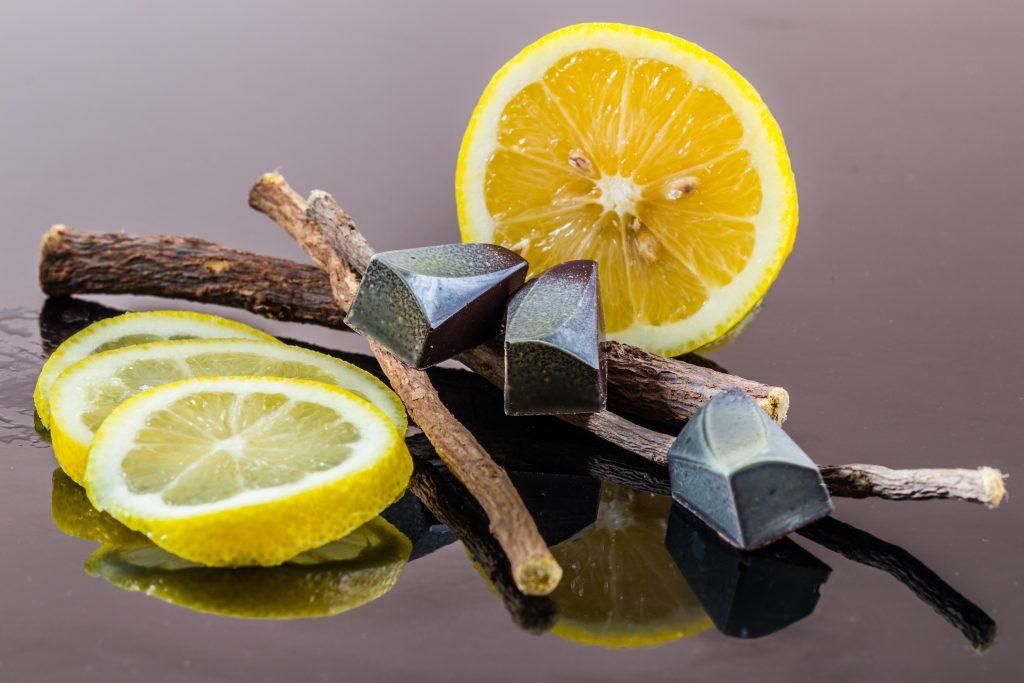 El limón es anti viral y puede ayudarte a mejorar tu calidad de vida